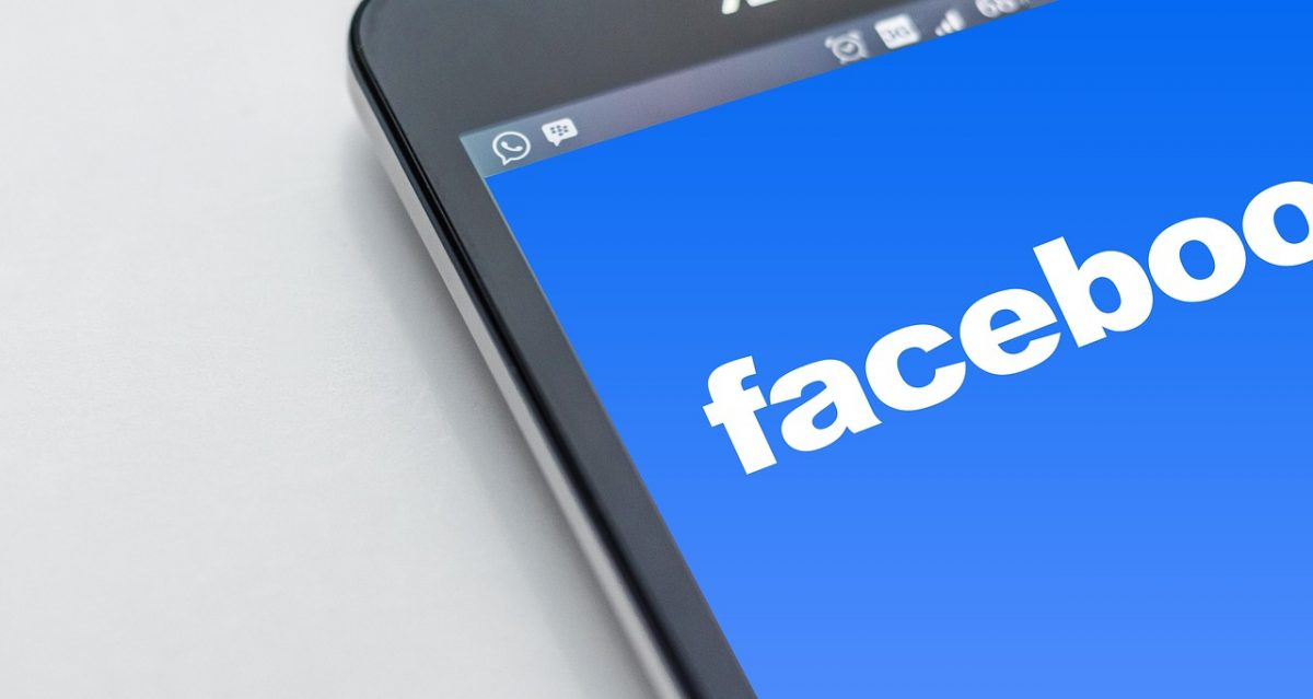 how to make money posting ads on facebook