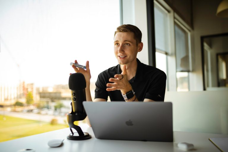 Building a Million Dollar Network With Podcasts with Jeremy Slate